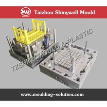 rotating pallet mould