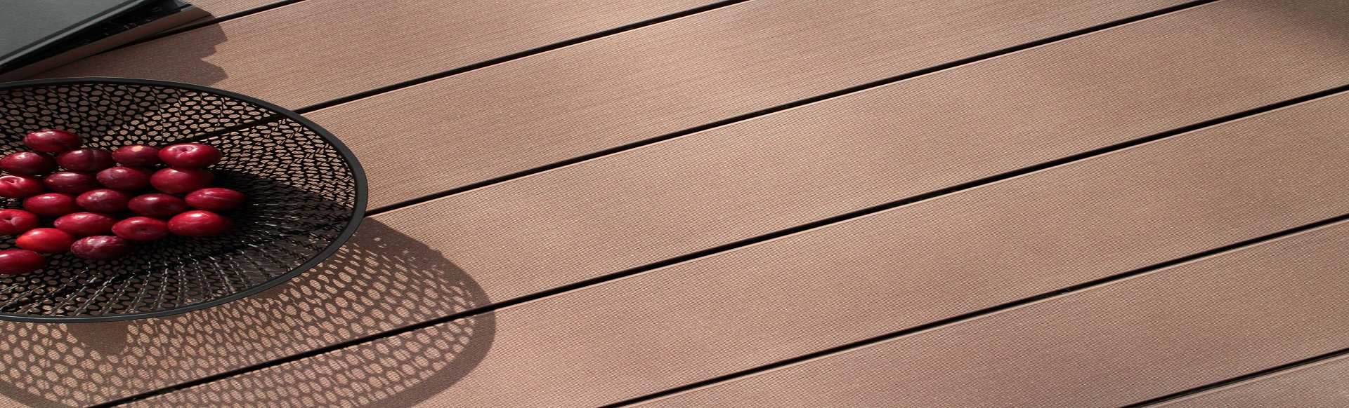 Composite wood plastic decking