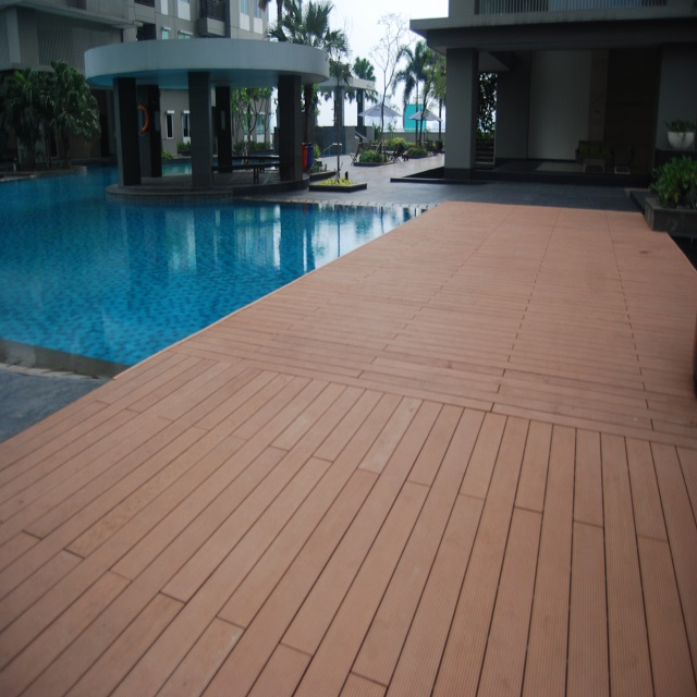 composite wood swimming pool flooring