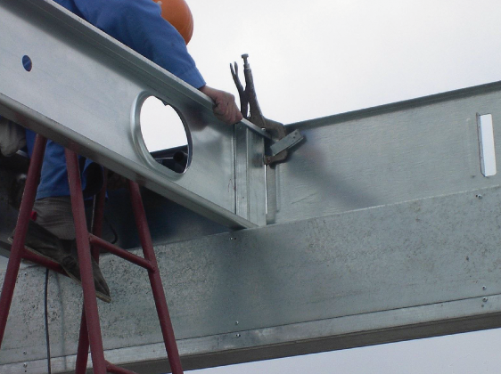 Roofing structure assembly