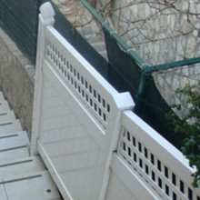 high quality garden fence with Square Lattice fence top