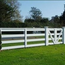 PVC plastic horse paddock fence for sale
