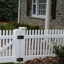 vinyl picket fence styles/this is a beautiful picket fence