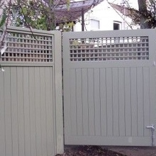 Vinyl lattice fence panels design