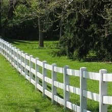 3 rail horse fence/what a good quality