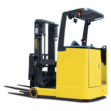 GS Electric Reach Truck (stand-on)