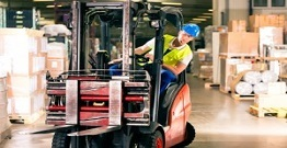 How to operate the forklift safely