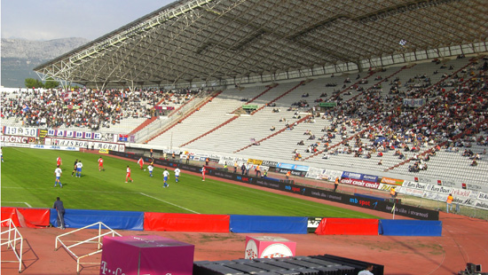 PH16MM DIP OUTDOOR PERIMETER LED DISPLAY IN BOSNIA
