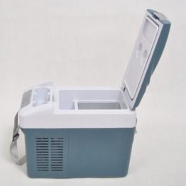 Professional manufacturer Portable car refrigerator portable mini car fridge for sale