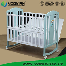 YAU8602 crib that turns into toddler bed