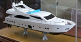 The customer, 3D printing speedboat model is completed.