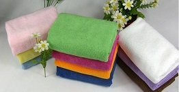 What should we pay attention to when cleaning the microfiber towel