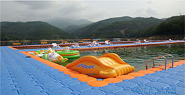 Tunxi xin 'an river built the first floating swimming pool
