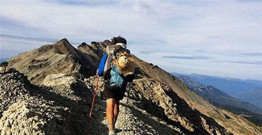 How do backpackers who love hiking should buy outdoor hiking backpack?