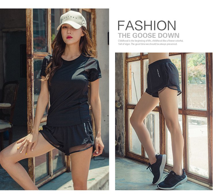 Summer 2018 new Korean yoga suit running sports short sleeved bra three piece gym shorts for women