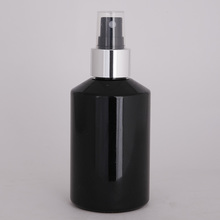 120 ml black plastic spray bottles