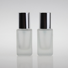 Frosted Glass Liquid Foundation Bottle with Sliver Cap