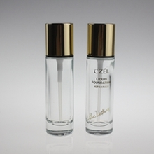 Round Glass Liquid Foundation Bottle with Gold Cap