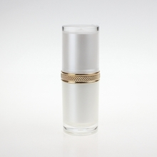 Wholesale Plastic White Lotion Pump Bottle with Gold Pump