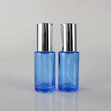 Multi-size Blue Painted Glass Spray Bottles with Lids