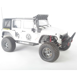 Traction Hobby Founder II 1:8 rc crawler white display