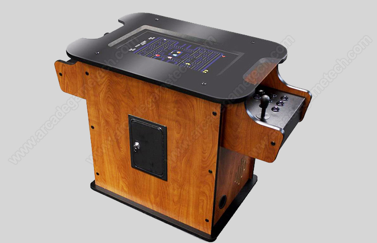 <2 Player Cocktail Arcade Game>