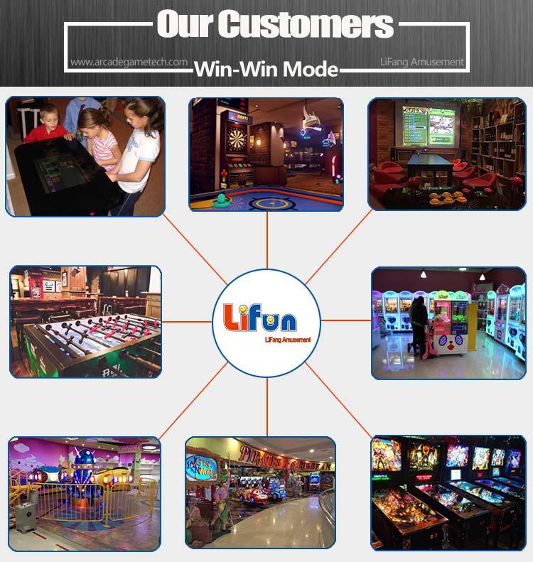 <Arcade Pinball Machine>