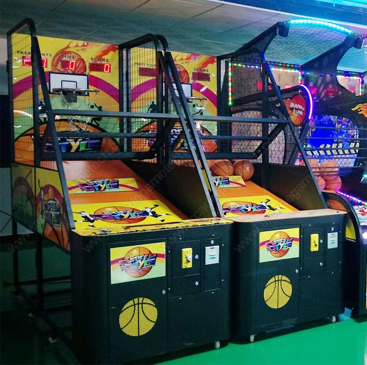 <Hoop Fever Arcade Game>