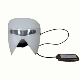 Cordless low frequency facial massager with wet facial mask