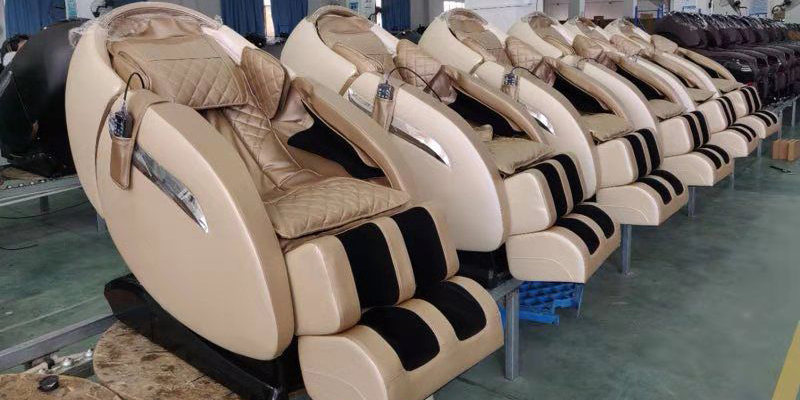 On 18th September , one new middle-east Asia customer ask two colors luxury massage chair samples .