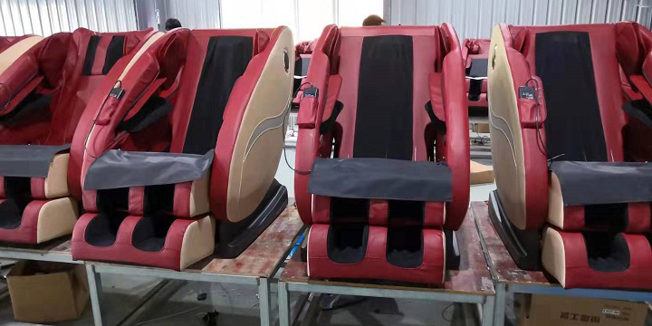 On 17th September , our company are busy with the massage chair order from domestic market online sales .