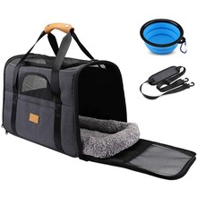 Airline Approved Pet Travel Carrier Bag Portable Folding Fabric Pet Carrier for Dogs or Cats