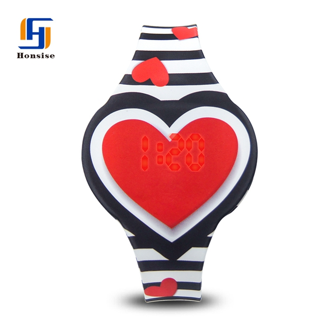 LOVE Red Heart New Children's Watches Ice Romance Light Colorful Led Light Watches