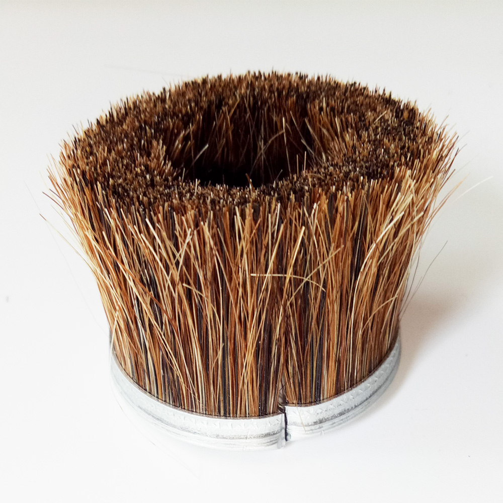 Horse Hair Vacuum Cleaning Cup Shape Strip Brush With Galvanized Iron Channel