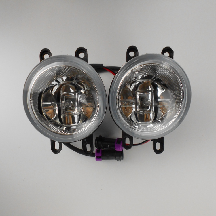 High Quality Auto Parts Manufacture LED Lamp 24V Angel Eyes Fog Lights for Hiace Bus Parts