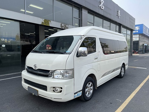 2009 Year Toyota Hiace Bus 13 Seats