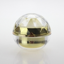 Round Plastic Cosmetic Jar with Fish Scale Cover in Gold