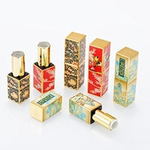 High-grade Embossed Palace Style Retro Pattern Lipstick Tube