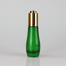 New Style 30ml Green Glass Bottles with Gold Press Button